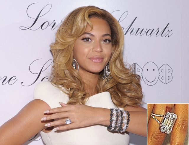 137471802 Beyonce House & Engagement ring