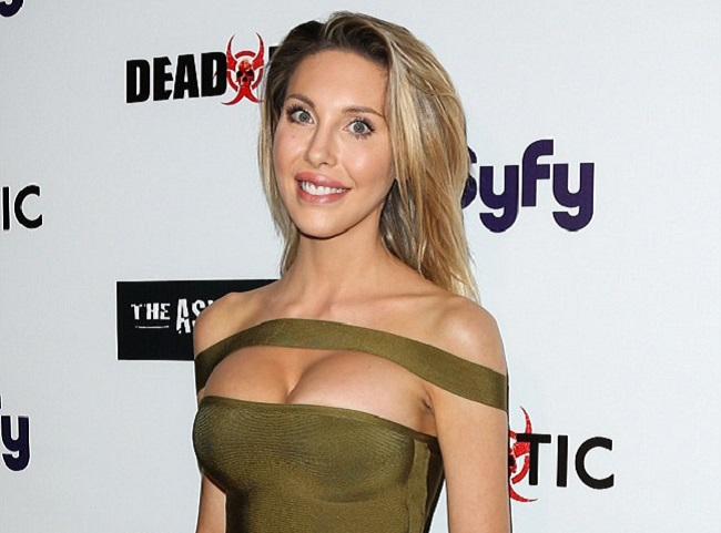 Chloe Lattanzi Father, Mother, Height, Measurements, Biography