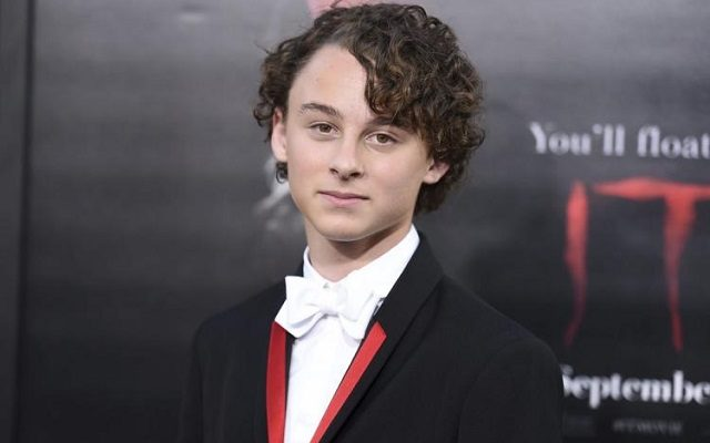 Wyatt Oleff – Bio, Celebrity Facts, Age, Height and Family Life of The Actor