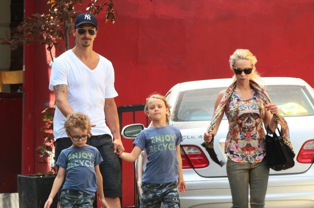 Zlatan Ibrahimovic and Helena Seger with their kids