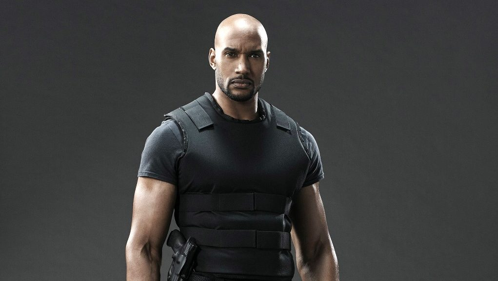 Henry Simmons Wife, Twin Sister, Height, Bio, Body
