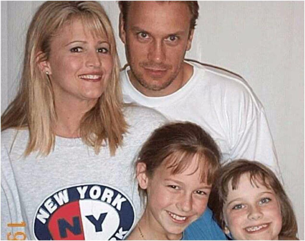 Brie Larson's mom 6